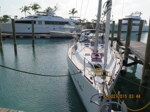 Tight spot in Highbourne Cay Marina