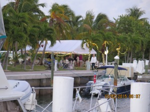 The Royal Marsh Harbour Yacht Club has cocktail hour each night in the tent